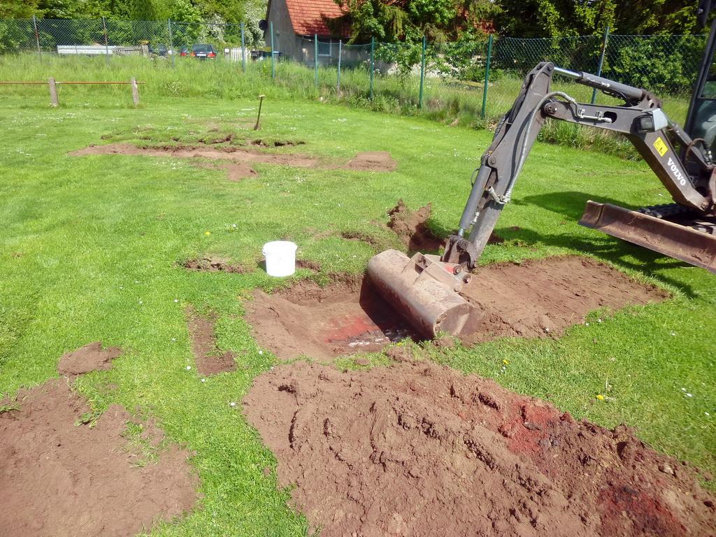 Kieselrot, Sportplatz Leeden,  Sportplatz Sanierung, DTCOM GmbH, Dr. Dreschmann,