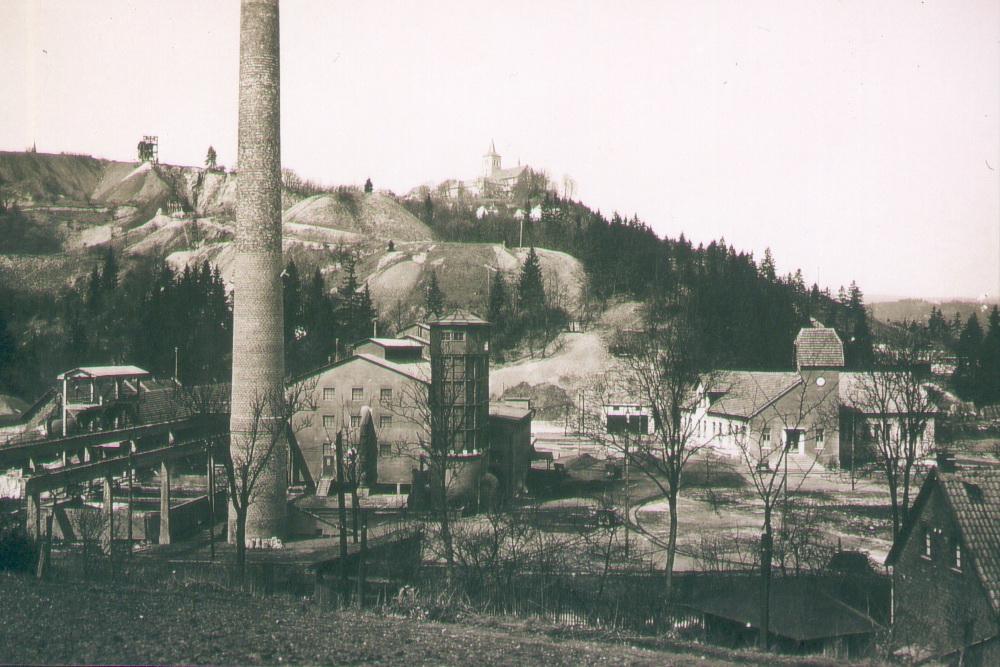 ehemalige Stadtberger Hütte in Marsberg, Knopf zu Kieselrotsanierung Marsberg, Knopf zu Flugstaub, Knopf zu Kieselrotsanierung, Knopf zu Stadtberger Hütte,